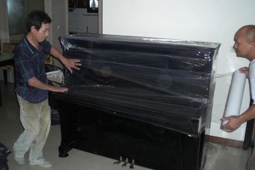 钢琴搬运现场